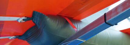 Schlauchsystem von Airpipe zum Lösen der Eisplatten vom Planendach