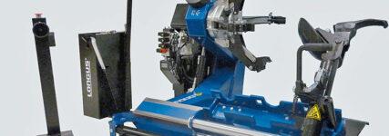 Longus: Reifenmontagegeräte für Lkw- und Bus-Reifen
