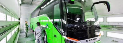 Jubiläum: 75 000. Fahrzeug im Evo-Bus Werk Neu-Ulm lackiert