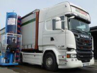 Selbstfahr-Waschanlage von Stark auch mit Fahrerkabine erhältlich