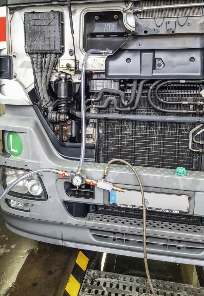 Kühler-Vakuum-Befüllgerät von Leitenberger