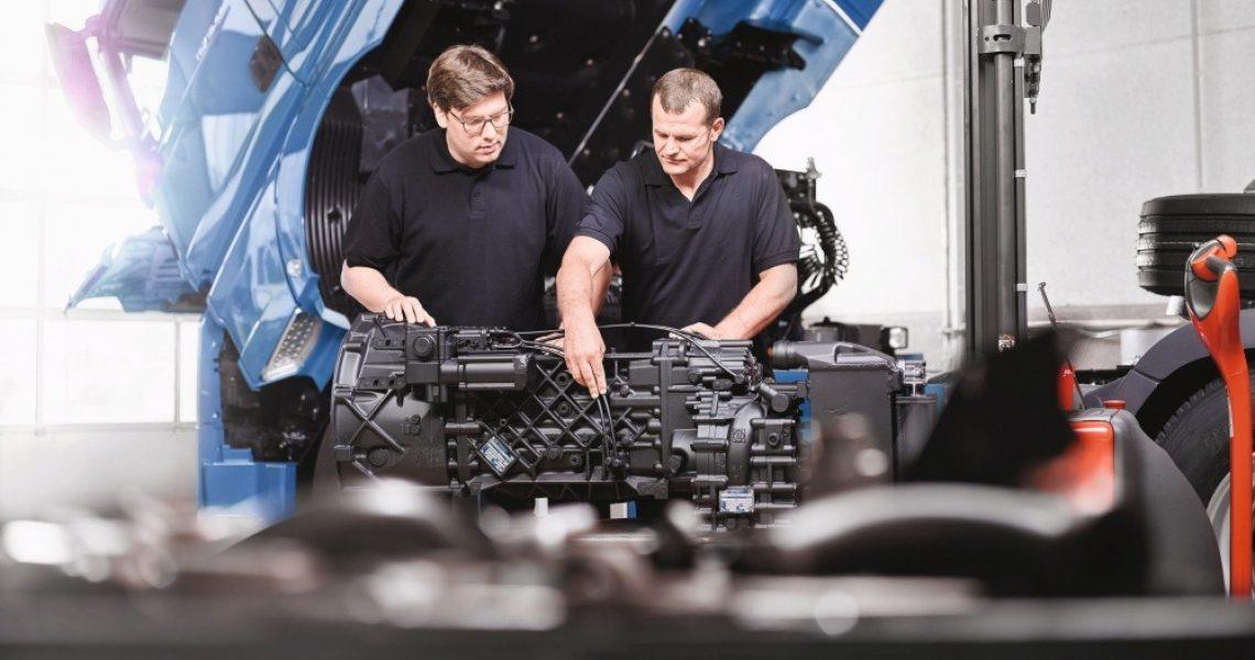 ausgebautes Lkw-Getriebe
