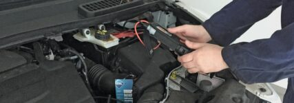 Batterietest mit einem Midtronics Gerät